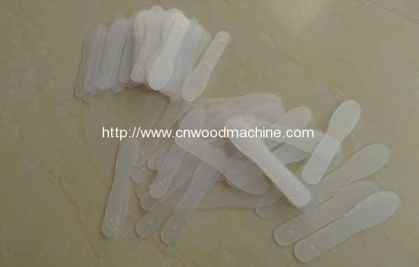 Plastic-Ice-Cream-Sticks,-Ice-Scoop,-Ice-Spoon,-Magnum-Four-Side-Packing-Machine-2