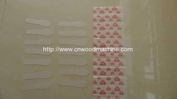 Plastic-Ice-Cream-Sticks,-Ice-Scoop,-Ice-Spoon,-Magnum-Four-Side-Packing-Machine