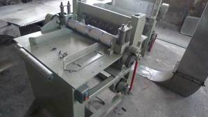 Wooden Tongue Depressor Tri-Carved Cutting Machine
