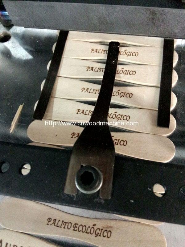 Wooden-Ice-Spoon-Branding-Machine-Final-Product