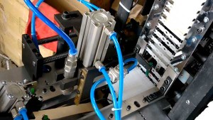 Plastic-Coffee-Stirrer-Bunding-Machine-for-Egypt